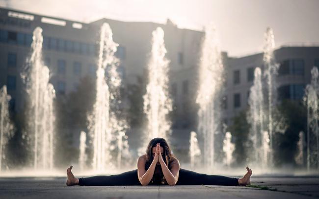 Обои картинки фото йога, спорт, гимнастика, девушка