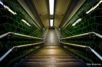 Картинка интерьер холлы +лестницы +корридоры эскалатор