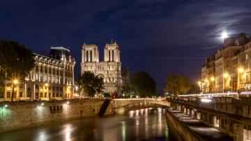 обоя города, париж , франция, мост, река, фонари, ночь, канал, огни, париж, дома, улицы