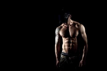 Картинка мужчины -+unsort парень кепка татуировка тату чёрный фон pose тело мускулы секси sexy muscles