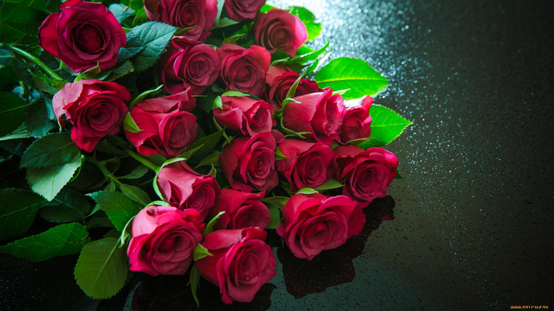 Розы гифка букет