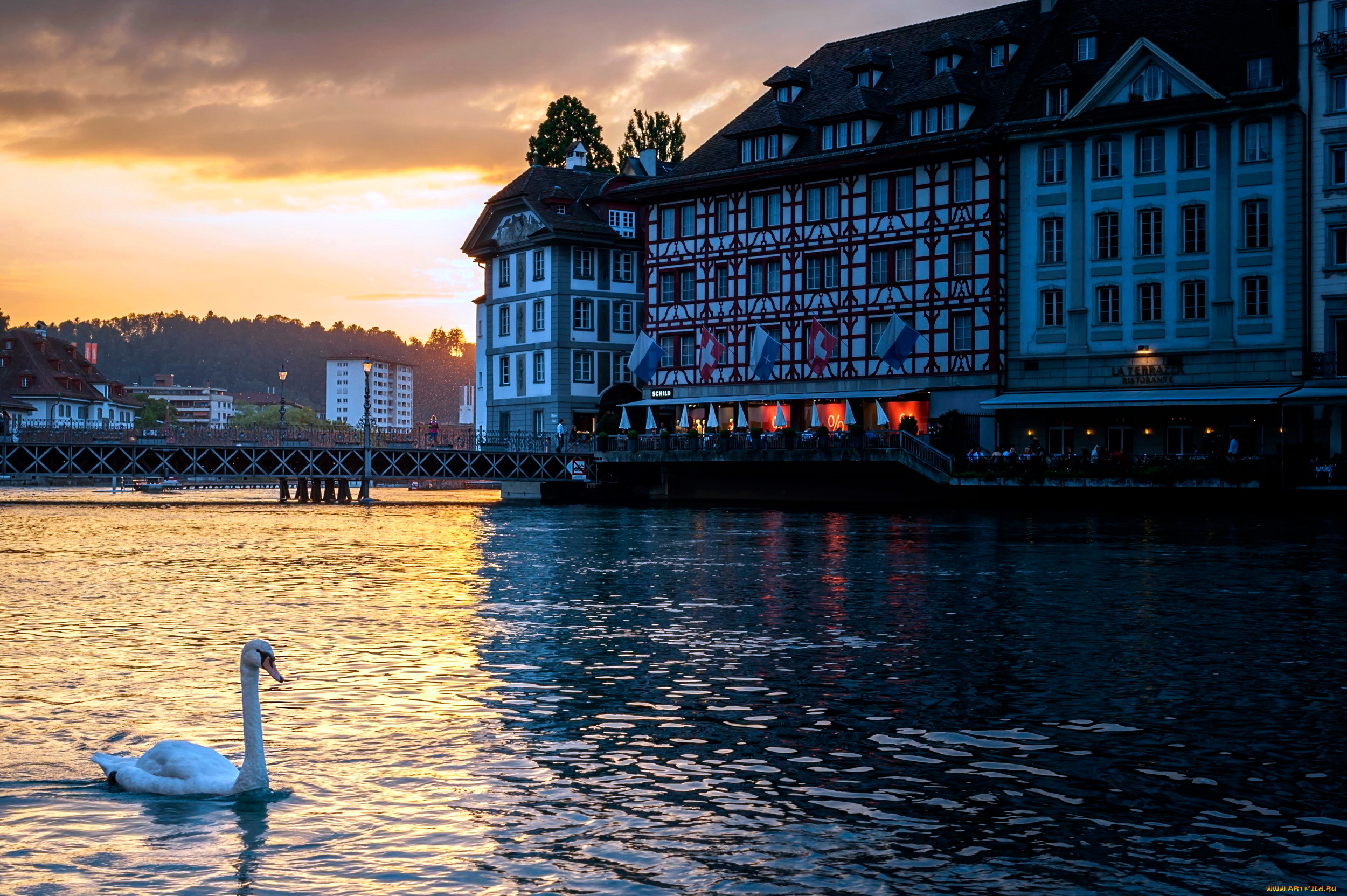 страны город река Люцерна Швейцария без смс