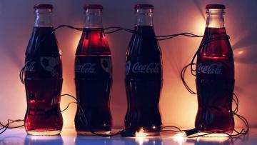 обоя бренды, coca-cola, бутылки, кола, гирлянда