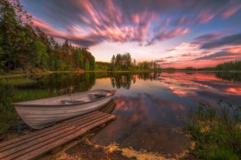 обоя корабли, лодки,  шлюпки, деревья, мостки, река, лето