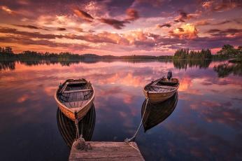 Картинка корабли лодки +шлюпки река мостки облака закат