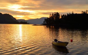 обоя корабли, моторные лодки, закат, река, горы