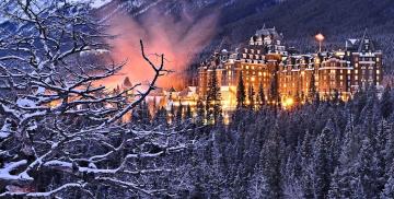 Картинка города -+пейзажи лес альберта банф здание национальный парк отель спрингс canada деревья ветки канада