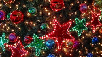 Картинка праздничные Ёлки гирлянды украшения звезды шары ёлка огни