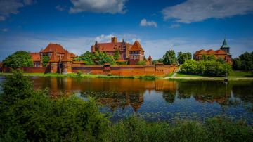 обоя malbork castle, города, замки польши, замок, река