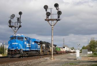 Картинка техника поезда локомотив рельсы состав