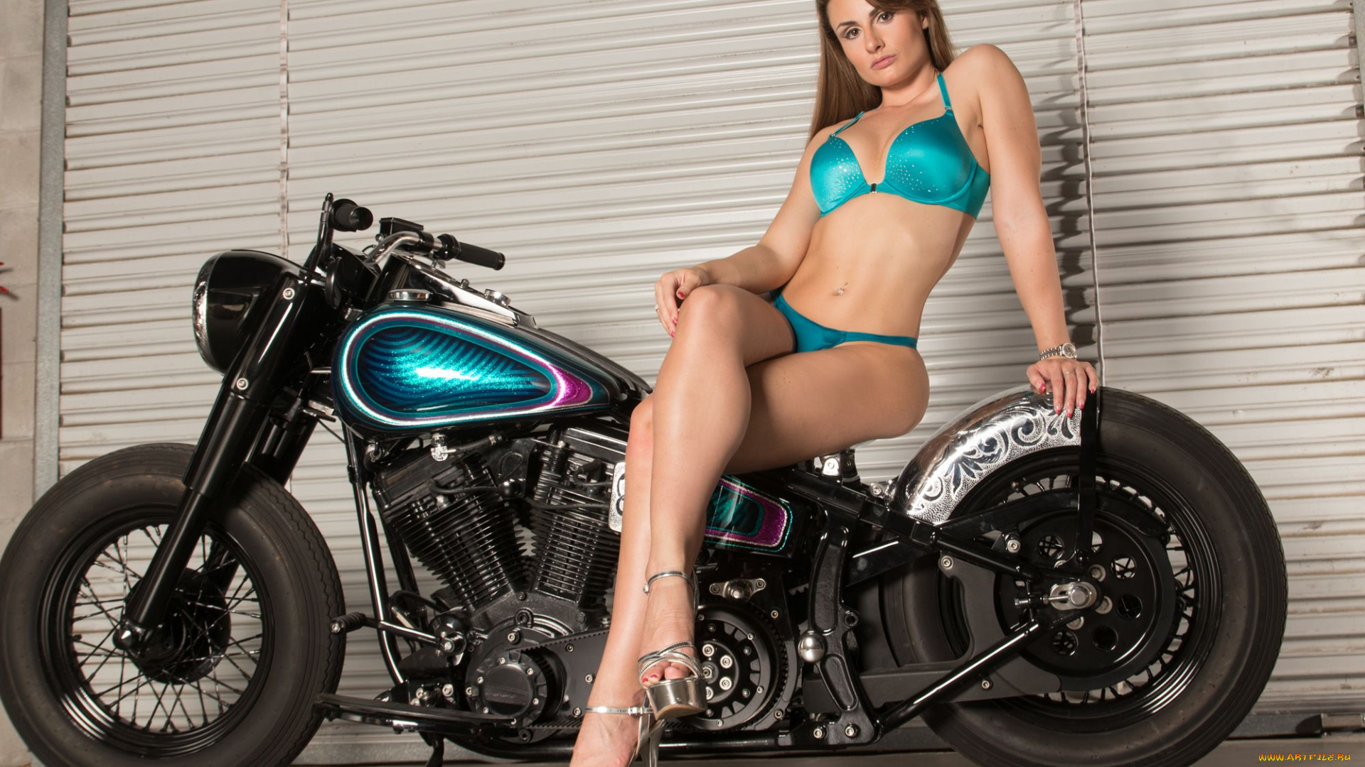 petite-naked-girl-on-motorcycle-fucking-sexual-action-male-and-female