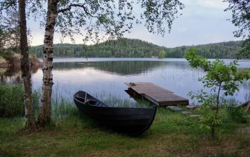 обоя корабли, лодки,  шлюпки, лодка, река, пейзаж, природа, деревья