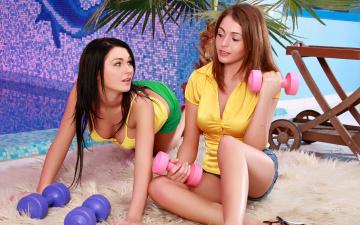 European lesbian Mira Shine probes the juice of Nelly Sullivan № 535785 бесплатно