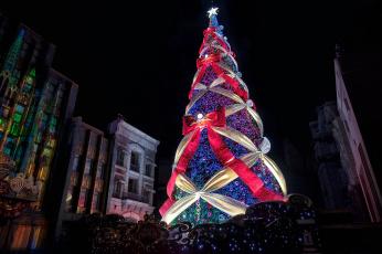 обоя праздничные, Ёлки, елка, иллюминация, украшения, банты