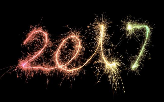 Обои картинки фото праздничные, - разное , новый год, год, цифры, черный, фон, искры, фейерверк