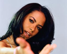Картинка aaliyah музыка соул поп актриса певица танцовщица сша