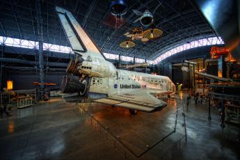 Картинка space+shuttle+discovery космос космические+корабли +космические+станции музей шаттл