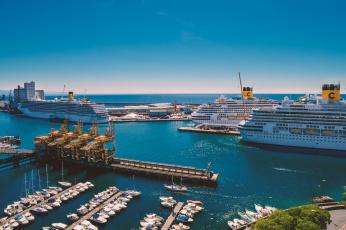 Картинка cruise+port+of+savona корабли порты+ +причалы круиз лайнер