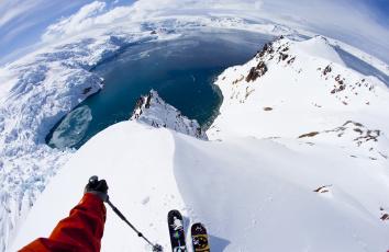 обоя спорт, лыжный спорт, лед, спуск, лыжи, вода, снег, лыжник