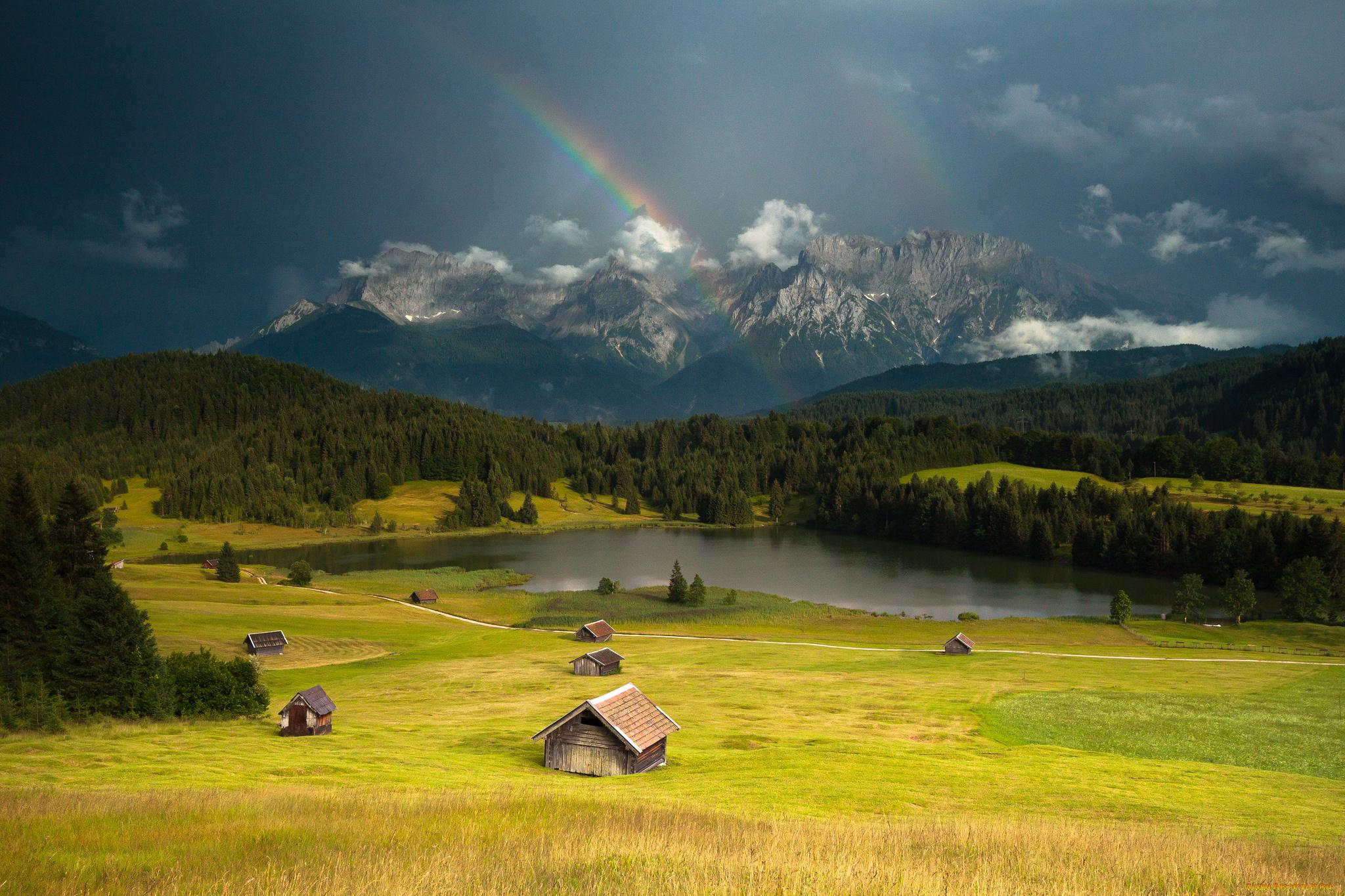 домики, горы, трава  № 307783 бесплатно