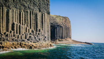 Картинка fingal`s+cave+beach +scotland природа побережье fingal's cave beach scotland