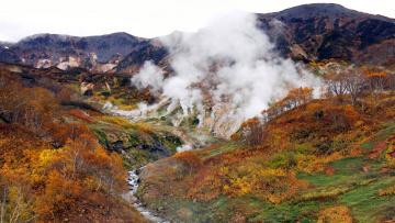 Картинка steamboat geyser in colorado природа стихия горы речка гейзер
