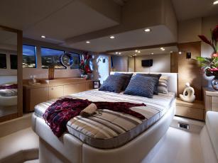 Картинка интерьер каюты помещения на корабле каюта кровать