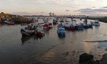 Картинка англия редкар кливленд корабли разные вместе лодки катера