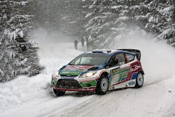 Картинка спорт авторалли снег снегопад jarmo lehtinen ford зима fiesta rally wrc mikko hirvonen лес