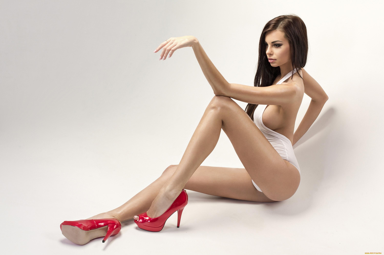 Эротический секс фото телка с красивыми ножками