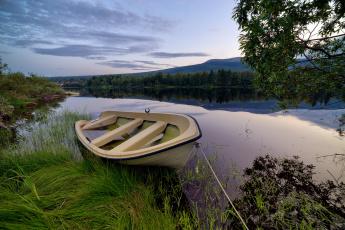 Картинка корабли лодки +шлюпки лодка река