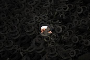 Картинка мужчины -+unsort одиночество сон шины парень