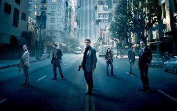 Картинка кино+фильмы inception машины улица здания актеры стоят город начало сон деревья