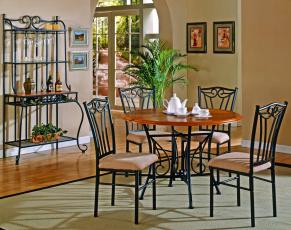 Картинка интерьер столовая стол чашки чайник стулья