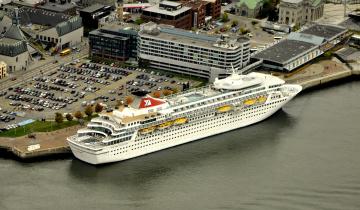 Картинка корабли лайнеры круиз панорама