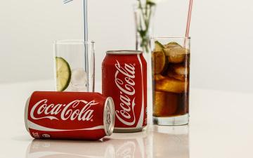 Картинка бренды coca-cola лед напиток стаканы банки