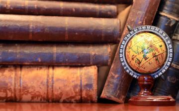 обоя разное, канцелярия,  книги, глобус, книги, фолианты, старинные