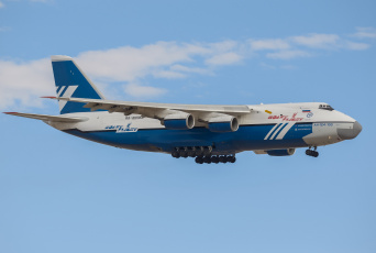 Картинка авиация грузовые+самолёты полёт