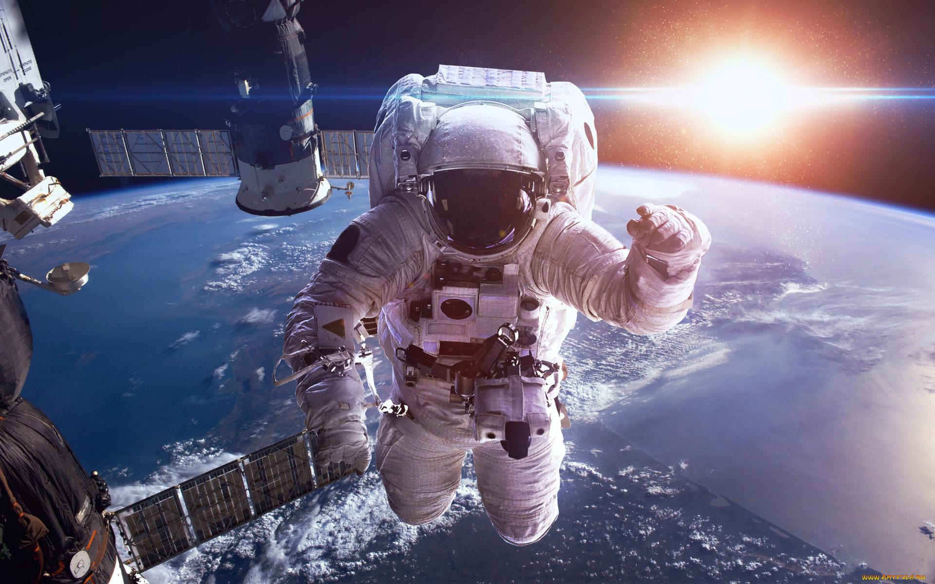 tolstiy-kak-nadrochit-v-kosmose