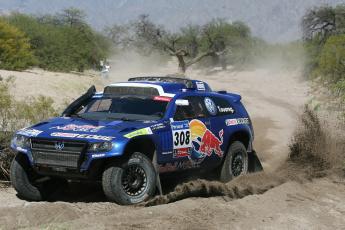 Картинка спорт авторалли туарег внедорожник touareg rally dakar дакара volkswagen поворот