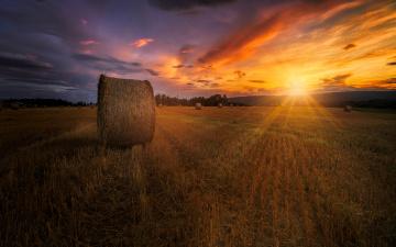 Картинка природа восходы закаты сено поле закат лето