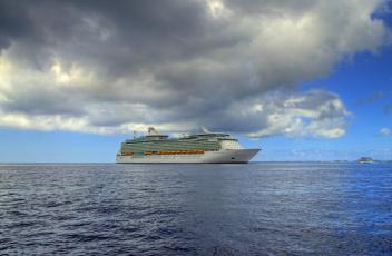 Картинка navigator+of+the+seas корабли лайнеры круиз океан лайнер