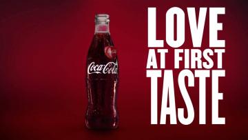 обоя бренды, coca-cola, бутылка, напиток, надпись, слоган