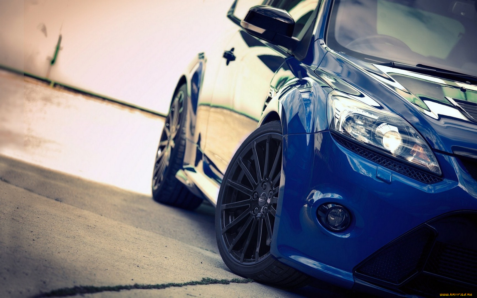 синий автомобиль ford focus rs  № 215527 загрузить