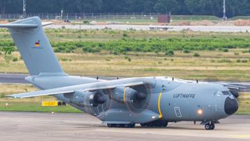 обоя airbus a400m atlas, авиация, военно-транспортные самолёты, транспорт