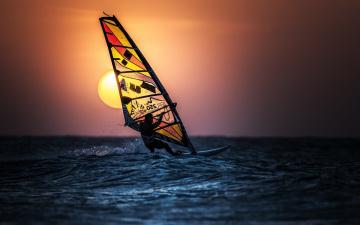 обоя спорт, серфинг, море, закат, бсерфер