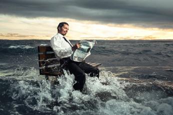 обоя юмор и приколы, море, волны, газета