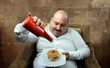 обоя юмор и приколы, толстяк, кетчуп, гамбургер, обжора