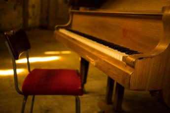 Картинка музыка -музыкальные+инструменты стул пианино рояль