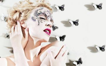 Картинка музыка kylie+minogue кайли миноуг певица блондинка бабочки лицо стразы